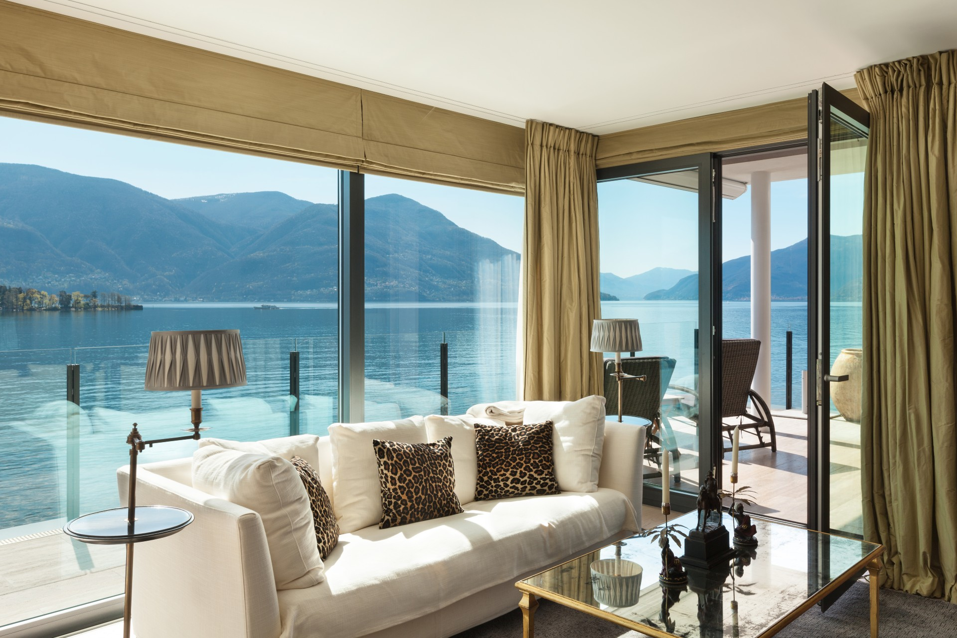 Living room with a nice view of lake